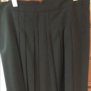Theory Navy skirt